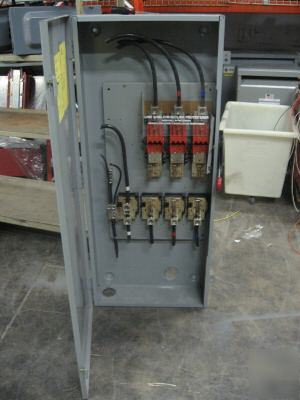 Cutler Hammer Disconnect Switch 400 Amp 250v Dh325ngk