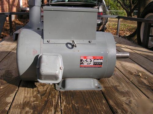 Dayton 7 5 hp / 1 ph / 1740 rpm tefc electric motor